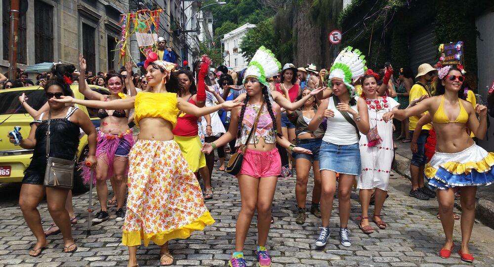 Bloco de rua em Santa Teresa, Rio de Janeiro, Brasil, em 7 de fevereiro de 2016