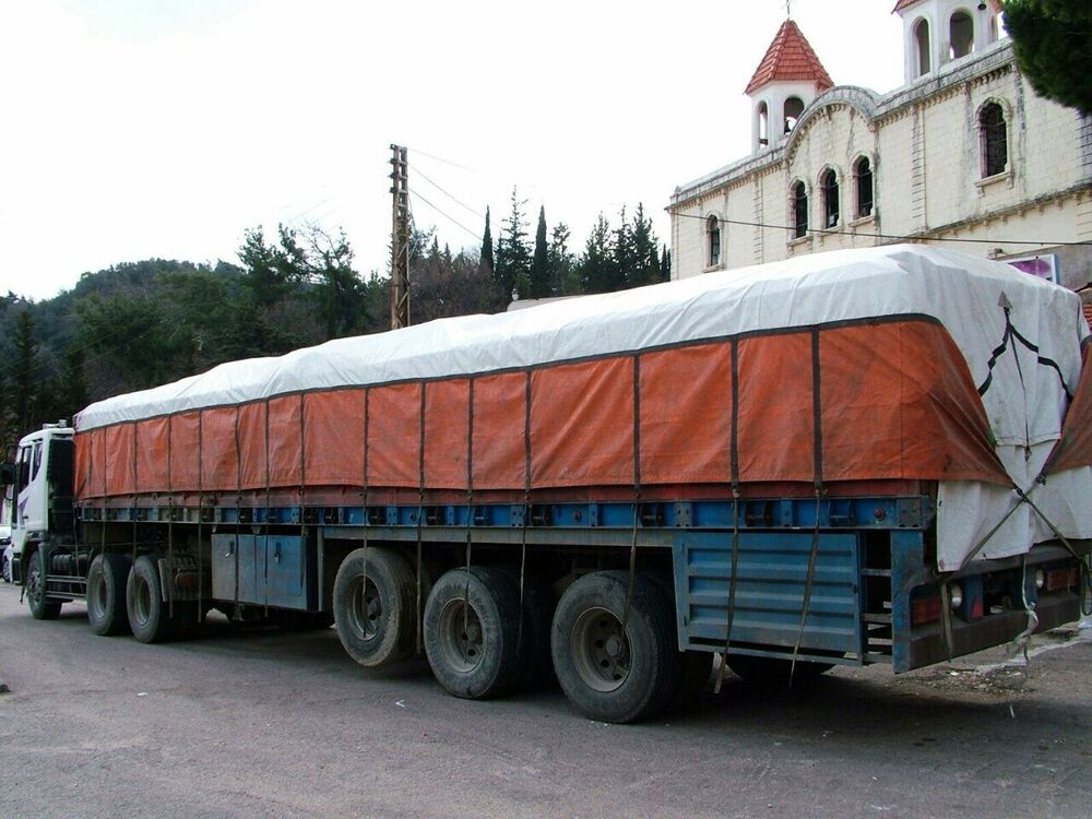 Caminhão que transportou a ajuda humanitária russa à cidade de Kessab