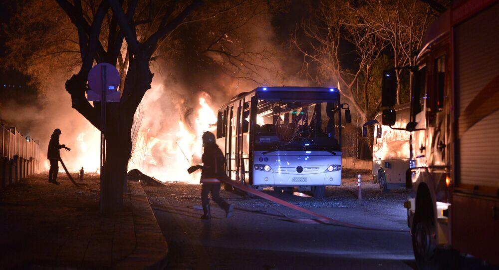Atentado terrorista em Ancara