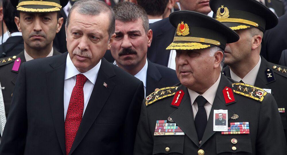 Presidente turco Recep Tayyip Erdogan e oficiais turcos, Ancara, Turquia, 16 de outubro de 2014