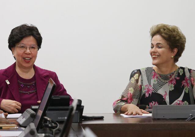 Margaret Chan, diretora da Organização Mundial da Saúde (OMS) com a Presidenta Dilma Rousseff em Brasília.