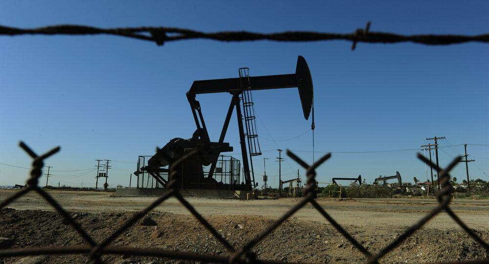 Poço de petróleo nos arredores de Los Angeles
