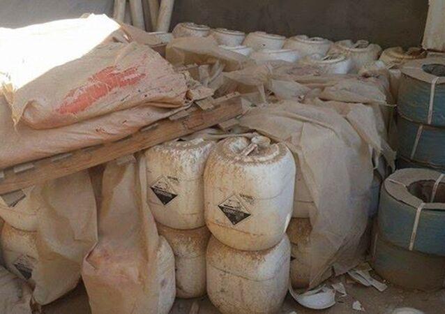 Armazéns de armas químicas do Daesh descoberto em Ramadi, no Iraque