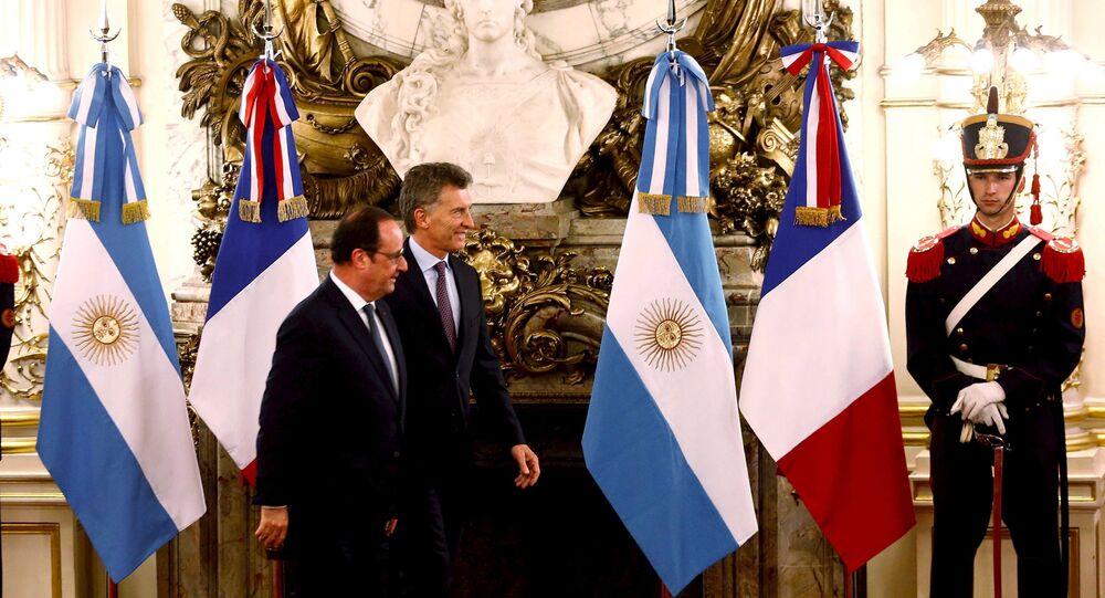 Presidente francês François Hollande junto com presidente da Argentina, Mauricio Macri