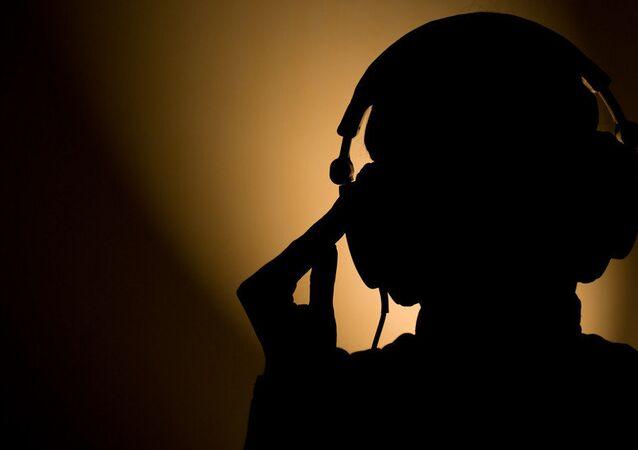 agente do Serviço de Informações de Segurança (SIS)