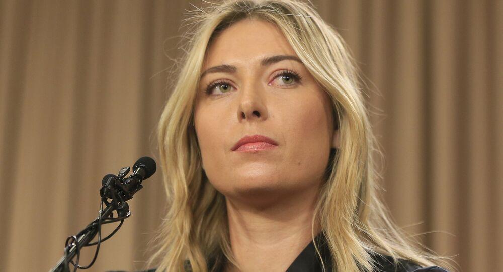 Maria Sharapova em coletiva de imprensa nesta segunda-feira, 7 de março de 2016, em Los Angeles