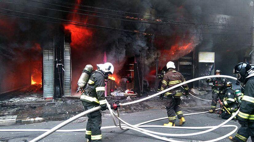 Incêndio em shopping no Brás, São Paulo, Brasil