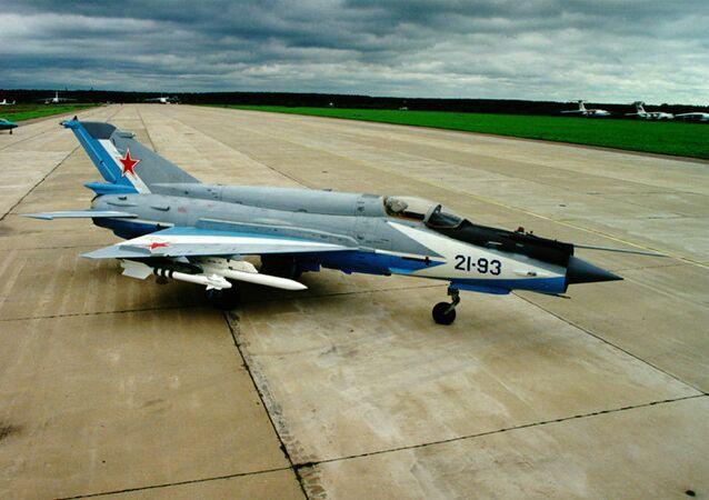 MiG-21 (imagem referencial)