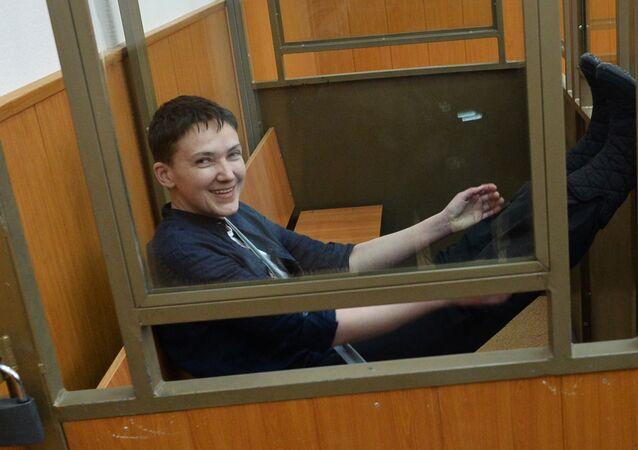 Militar ucraniana Nadezhda Savchenko no tribunal da região de Rostov, Rússia, 22 de março de 2016