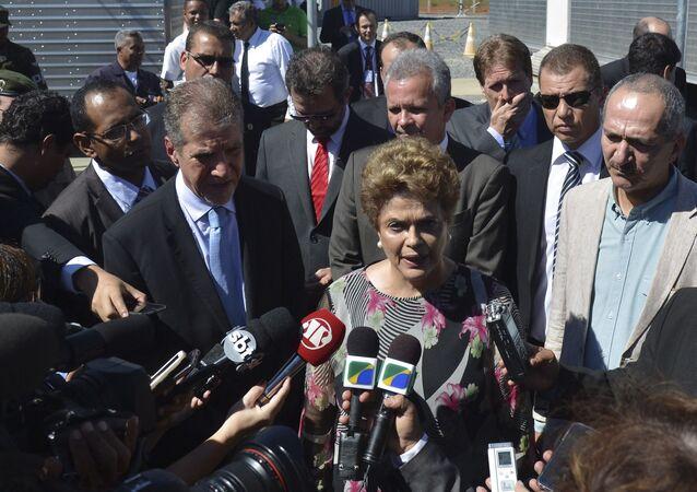 Presidenta Dilma Rousseff no Centro de Operações Espaciais - Cope