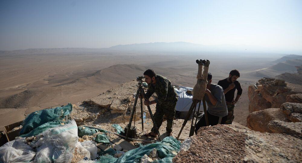 Posições do Exército sírio perto de Palmira, Síria