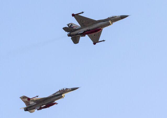 Caça F-16 (Arquivo)