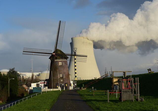 Usina nuclear de Doel, Bélgica