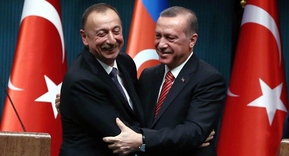 Os presidentes de Azerbaijão e Turquia
