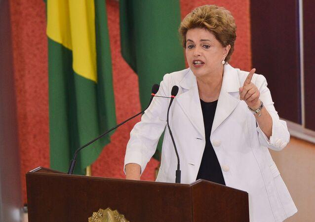 Ex-presidenta do Brasil Dilma Rousseff, afastada do cargo após sofrer impeachment (arquivo)