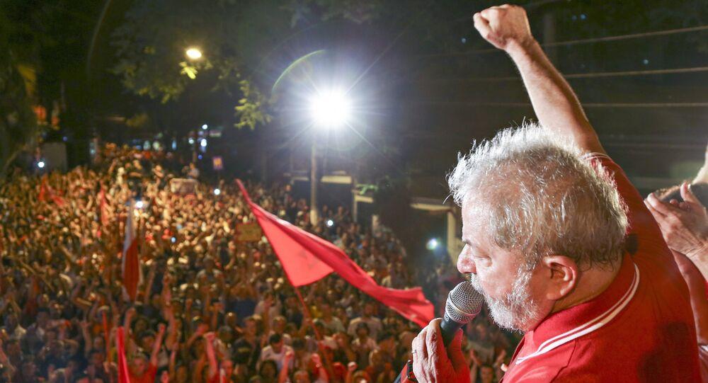 Ato pela democracia em São Bernardo do Campo