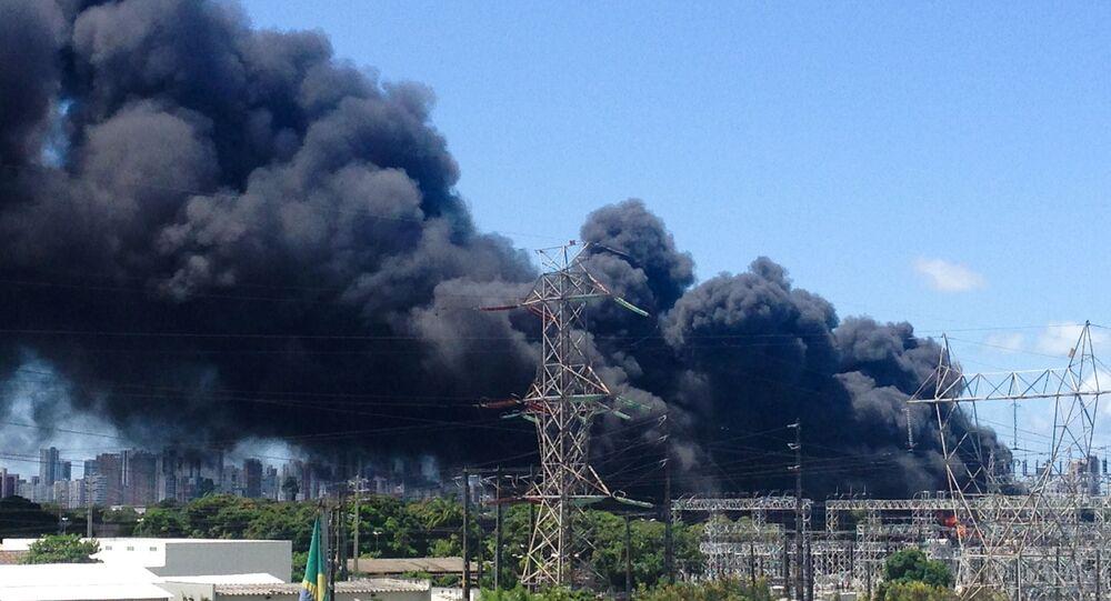 Incêndio de grandes proporções na Companhia Hidrelétrica do São Francisco (Chesf), na Zona Oeste de Recife