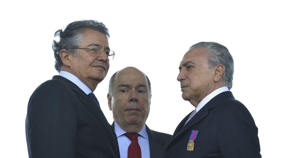 O ministro do STF, Marco Aurélio Mello (esquerda), ordenou que Eduardo Cunha dê prosseguimento ao pedido de abertura de processo de Impeachment contra Michel Temer (direita)