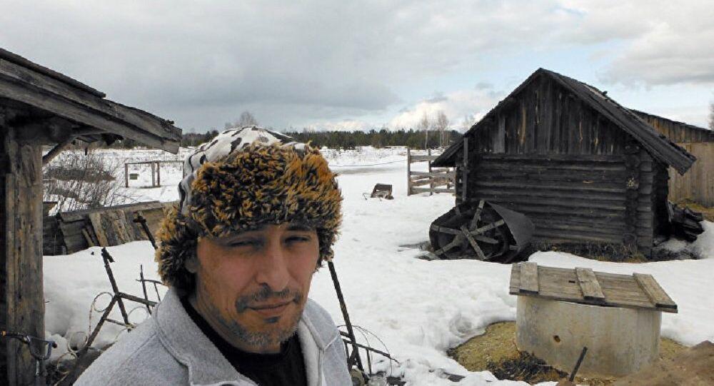 Índio norte-americano Justin Irwin