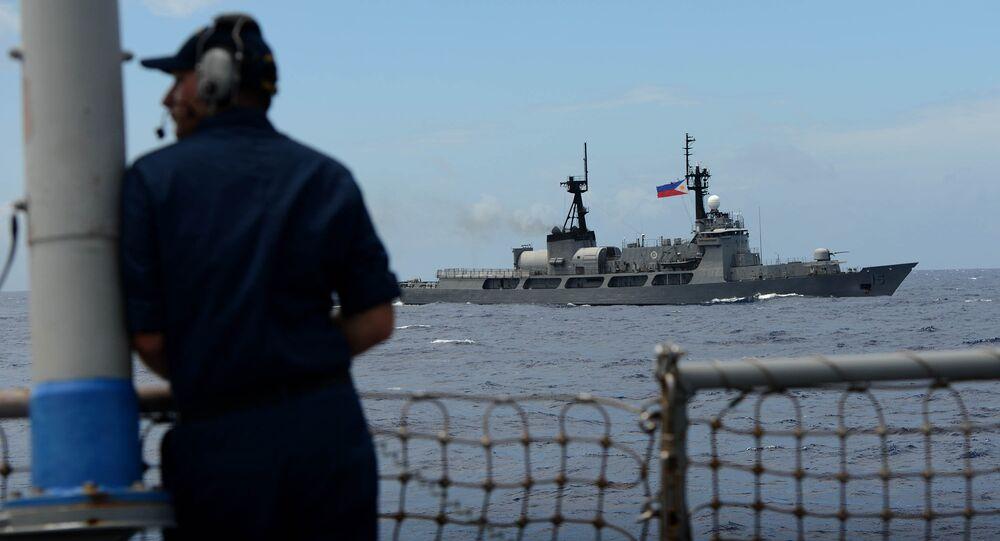 Exercícios navais dos EUA e das Filipinas nas águas do Mar do Sul da China, em junho de 2014