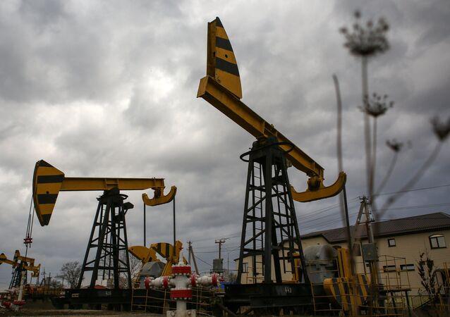 Bombas de petróleo.