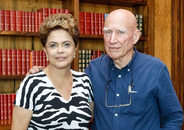 Sebastião Salgado em encontro com a presidenta brasileira, Dilma Rousseff
