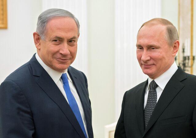 O presidente da Rússia, Vladimir Putin, e o primeiro-ministro israelense Benjamin Netanyahu durante a reunião no Kremlin. 21 de abril, 2016