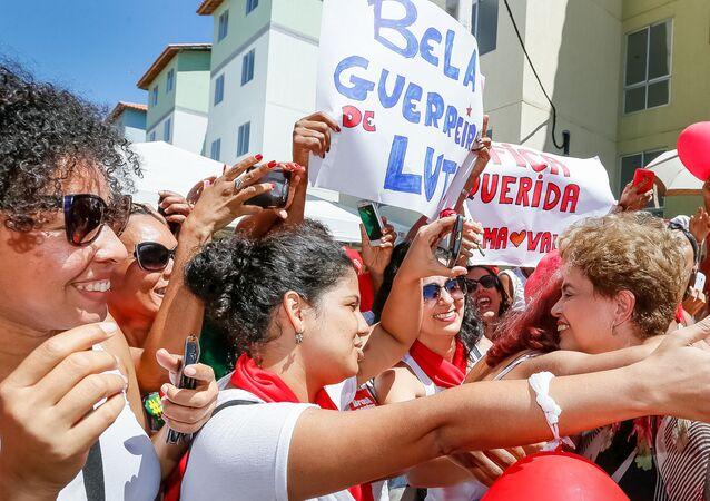 Presidente Dilma Rousseff durante cerimônia de entrega de moradias em Salvador