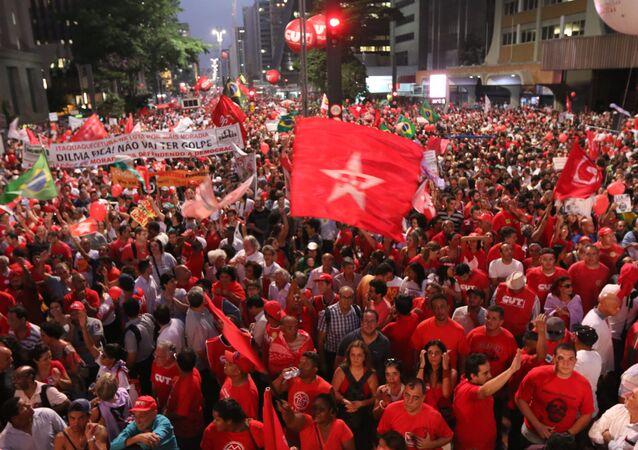 Manifestação pela Democracia em São Paulo
