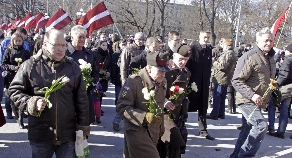 Marcha dos veteranos da SS em Riga em 2013