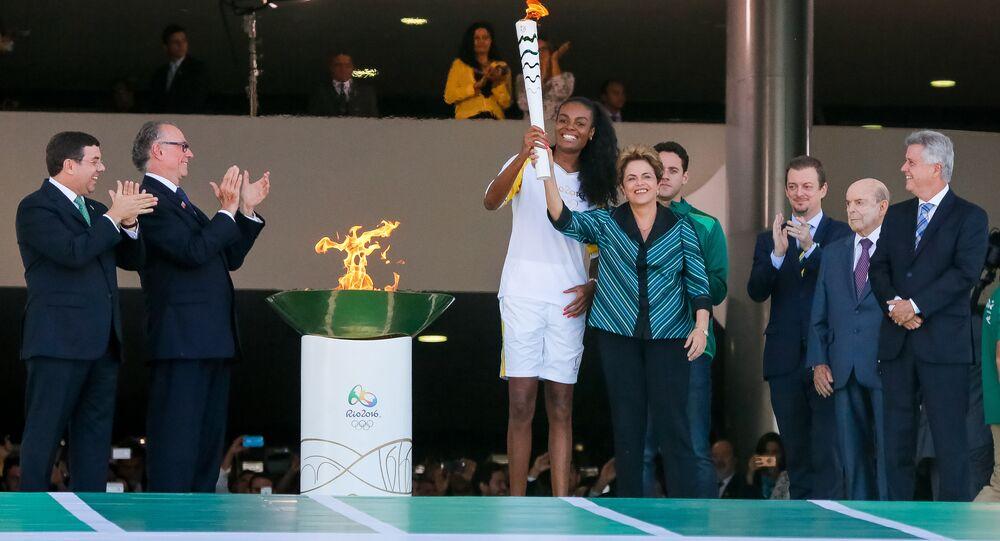 Tocha Olímpica chega ao Brasil