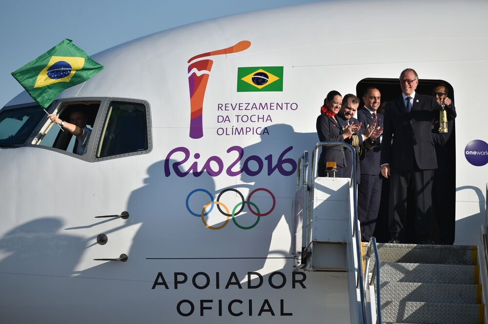 Chama Olímpica chega em Brasília