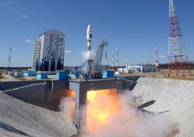 O foguete Soyuz 2.1a no cosmódromo Vostochny