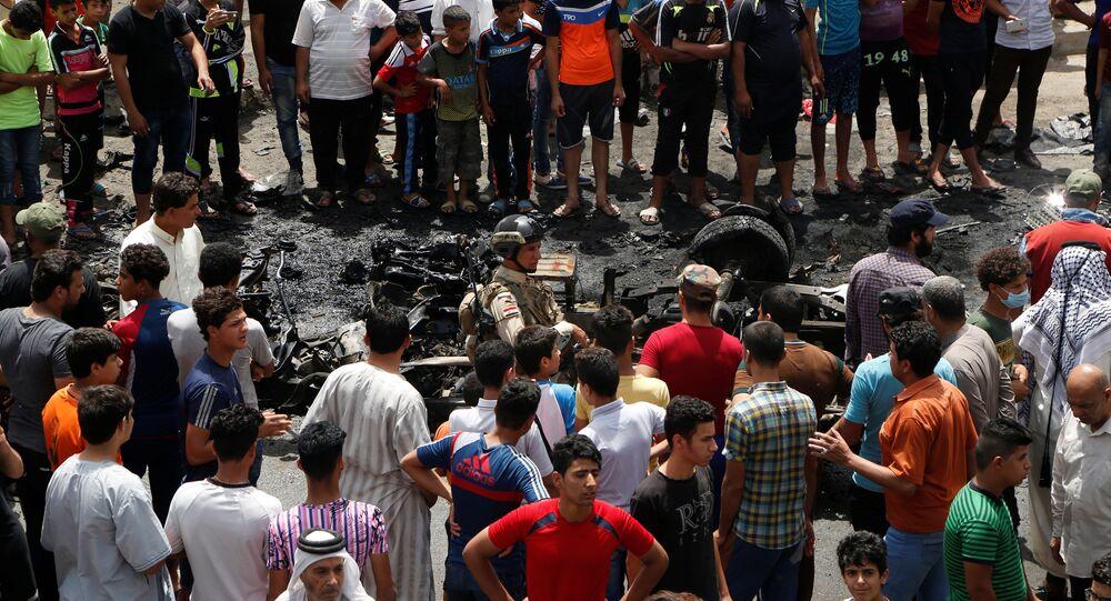 Local de explosão de carro em Bagdá