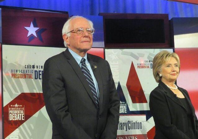 Bernie Sanders e Hillary Clinton
