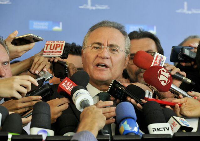 Presidente do Senado Federal, Renan Calheiros (PMDB-AL), perde direito à linha sucessória da presidência da República