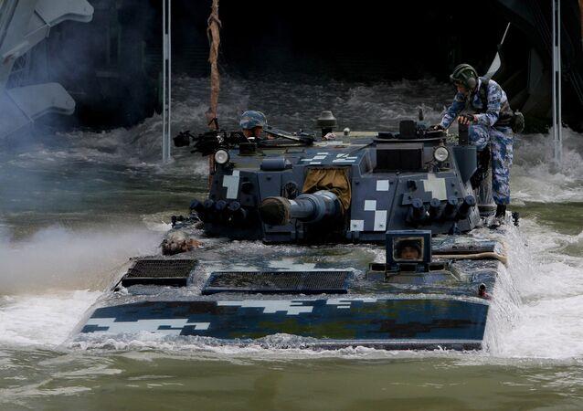 Veículo blindado de fuzileiros navais chineses