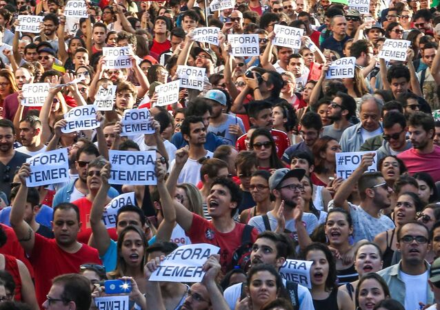 Manifestação em São Paulo contra o Presidente em exercício, Michel Temer
