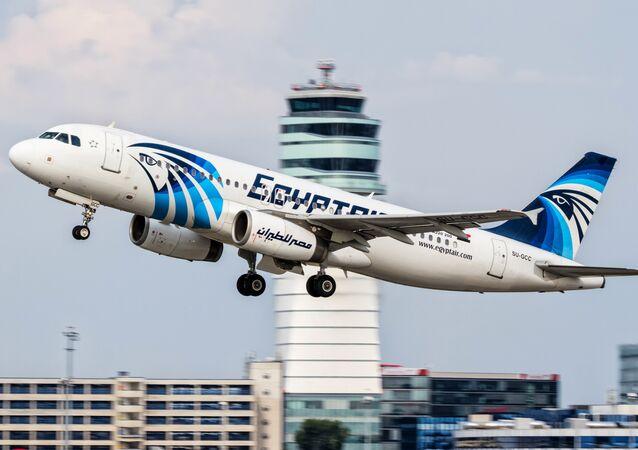 Airbus A320 da EgyptAir (arquivo)