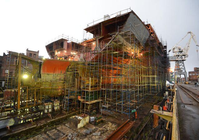 Obras de construção de quebra-gelo nuclear 'Arktika' nos estaleiros de São Petersburgo