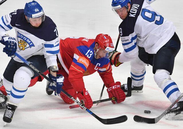 Finlândia x Rússia pelo Campeonato Mundial de Hóquei no Gelo