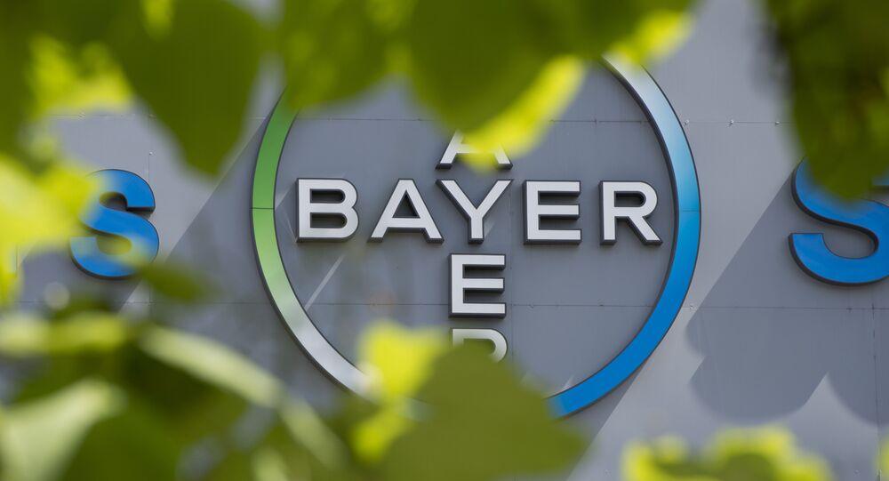 Logo do gigante farmacêutico, empresa alemã Bayer, em 24 de julho de 2013