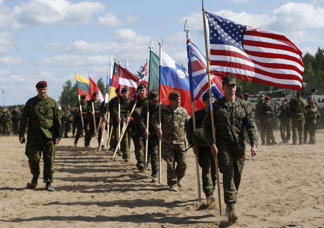 Soldados da OTAN (foto de arquivo)
