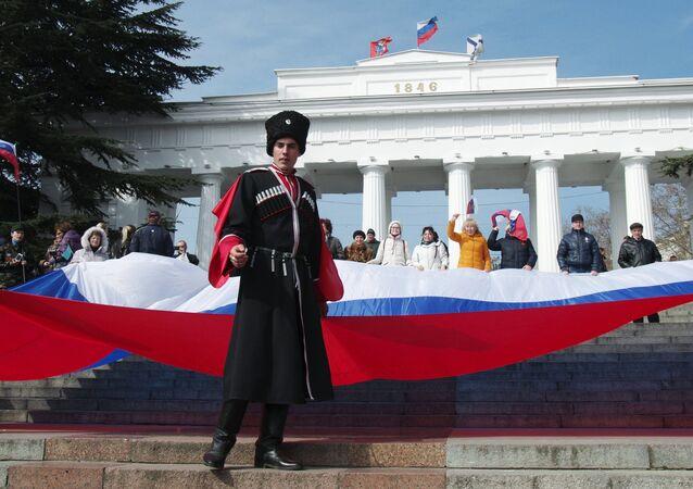 Crimeia comemora a reunificação com a Rússia