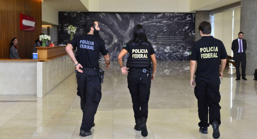 Polícia Federal em ação na Construtora Odebrecht em São Paulo.