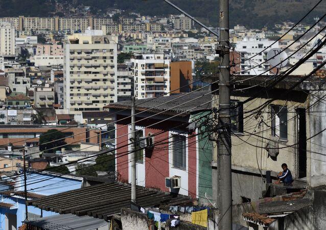 Irajá (nesta foto de 26 de junho de 2013) é uma favela no Rio de Janeiro, bonita e perigosa ao mesmo tempo