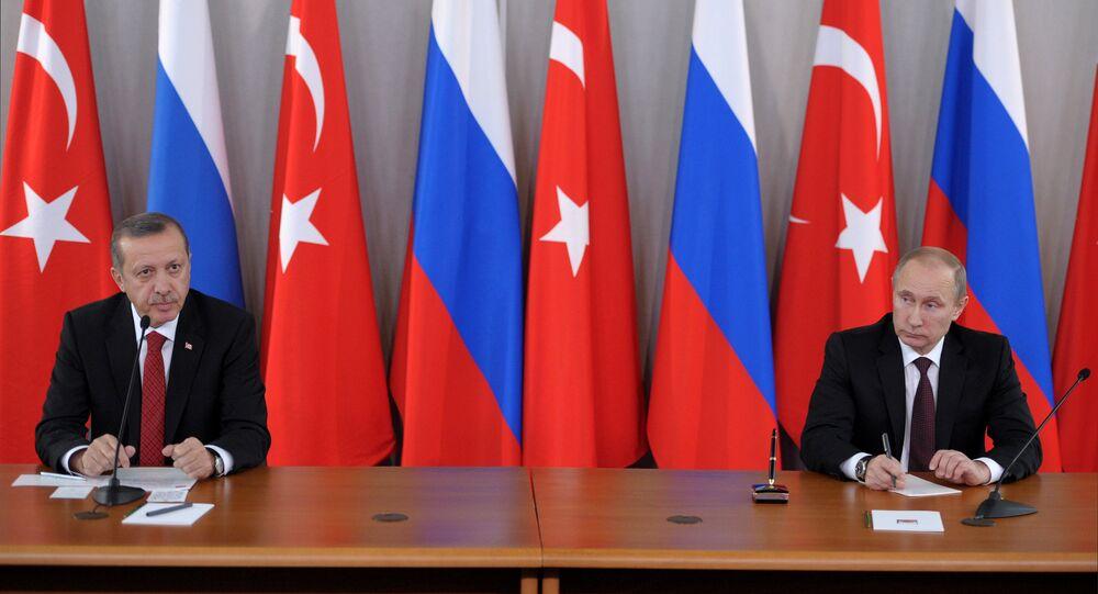 Presidente da Rússia Vladimir Putin e presidente da Turquia Recep Tayyip Erdogan, novembro de 2013