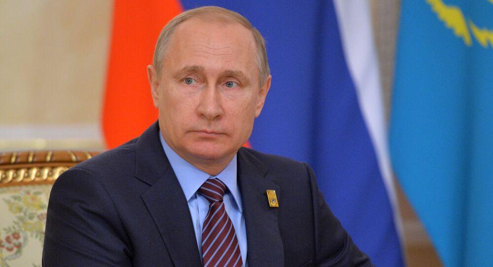 Presidente da Rússia Vladimir Putin durante encontro com o presidente do Cazaquistão Nursultan Nazarbayev em Astana, Cazaquistão, 31 de maio de 2016