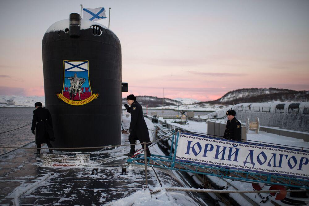 O submarino nuclear Yuri Dolgoruky Frota do Norte da Marinha Russa