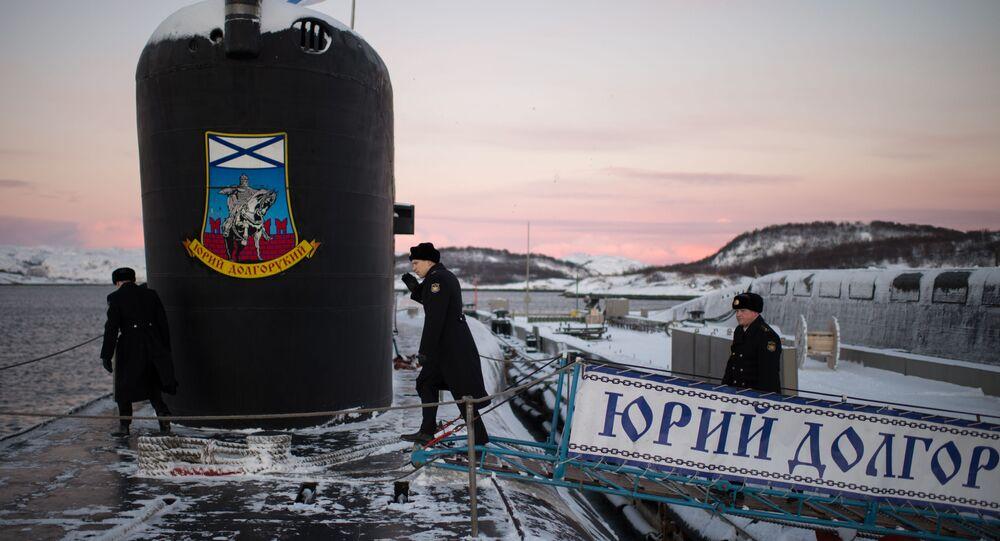 O submarino nuclear Yury Dolgoruky Frota do Norte da Marinha Russa